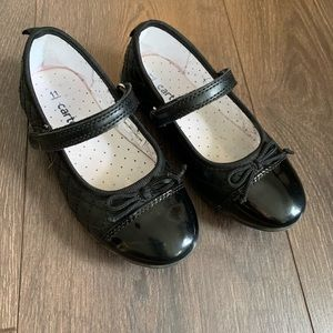 Euc Carter's Black Quilted Mary Jane Shoes